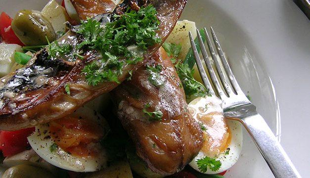 Hot Mackerel Nicoise